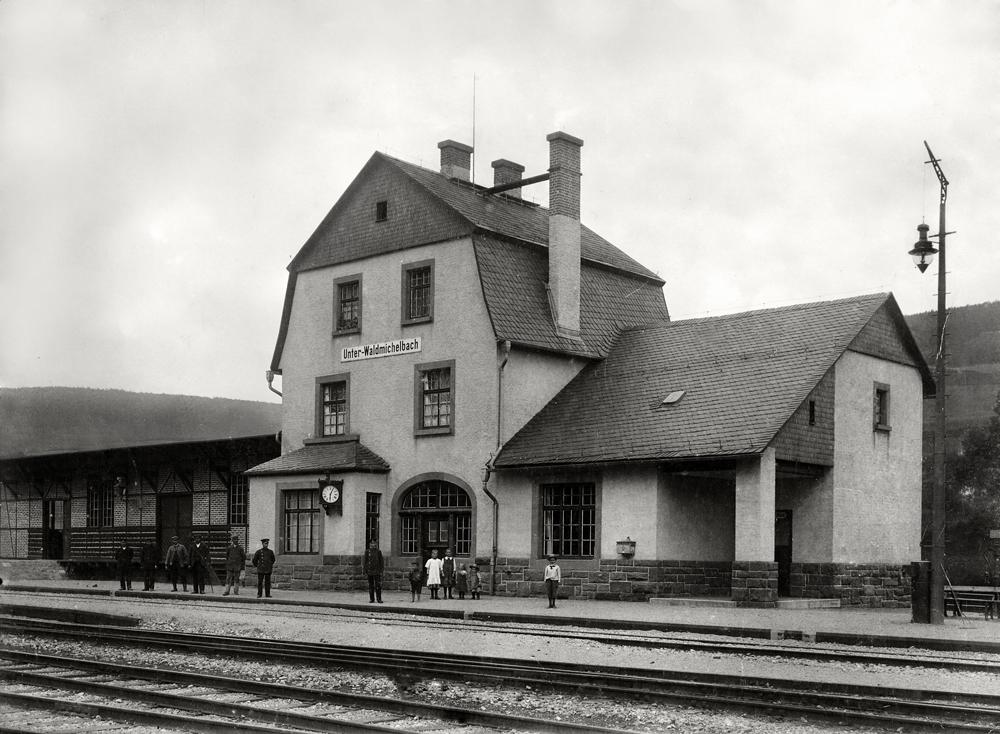 Unter Wamiba Bahnhof002 - Kopie