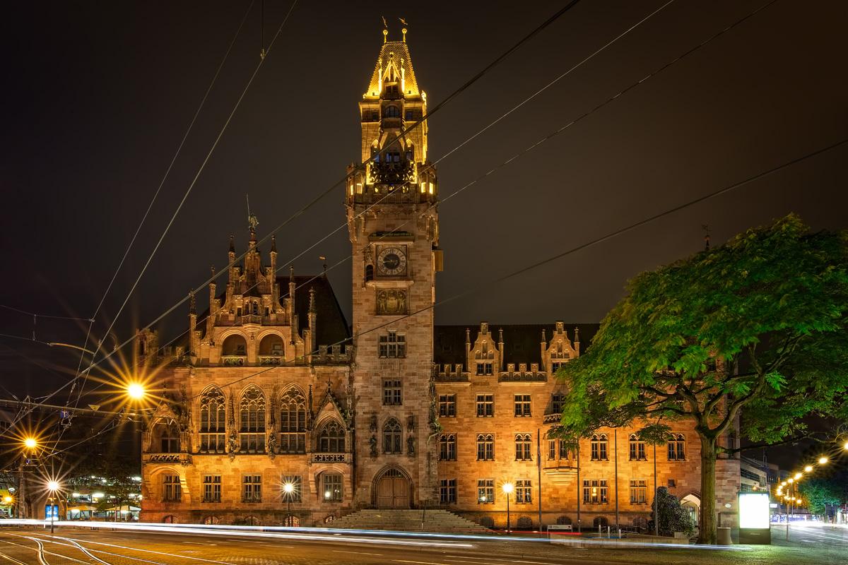 rathaus_nacht_fin