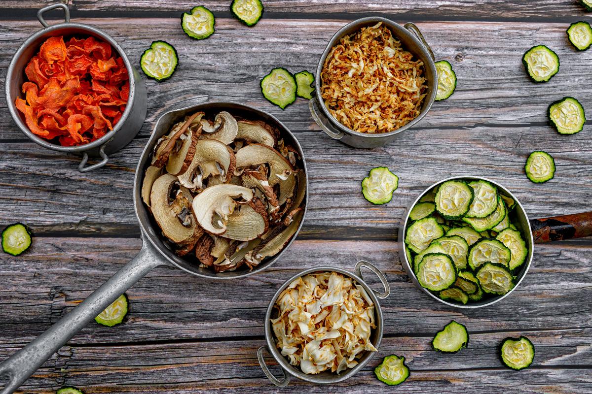 Getrocknetes Gemüse für Zweibeiner & ihre Fellnasen – DIY